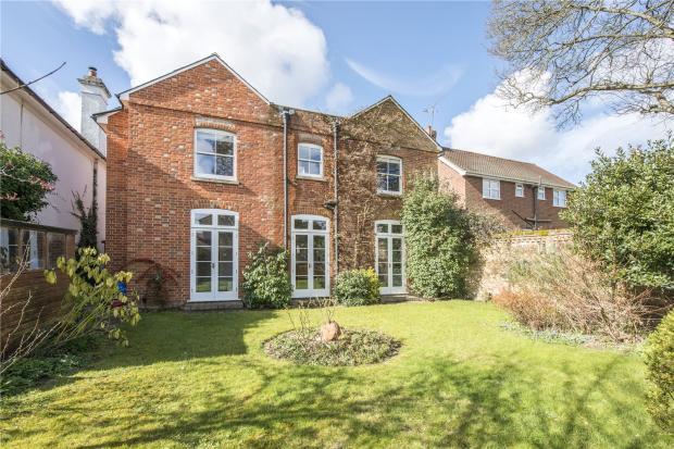 4 Bedroom Detached House For Sale In West End Grove Farnham Surrey Gu9