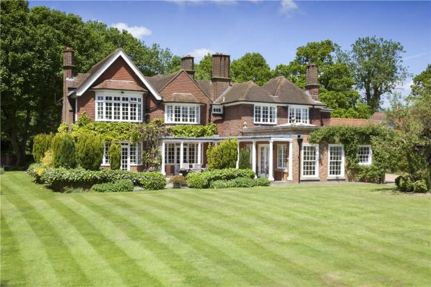 5 Bedroom Detached House For Sale In East Common