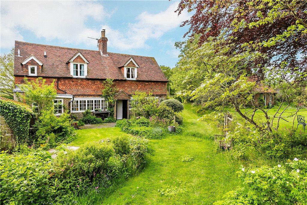 3 Bedroom Detached House For Sale In Lynchmere Haslemere Surrey Gu27