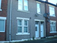 Ground Flat to rent in Morpeth Terrace...
