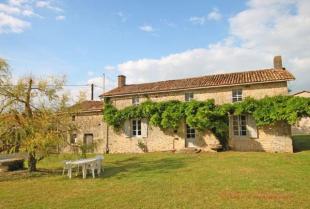 property for sale in Melle, Deux-Sevres, 79500, France