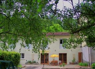 12 bed Gite for sale in Nr Aurillac, Cantal...