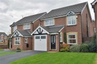 Detached home in Walkers Drive, Leigh
