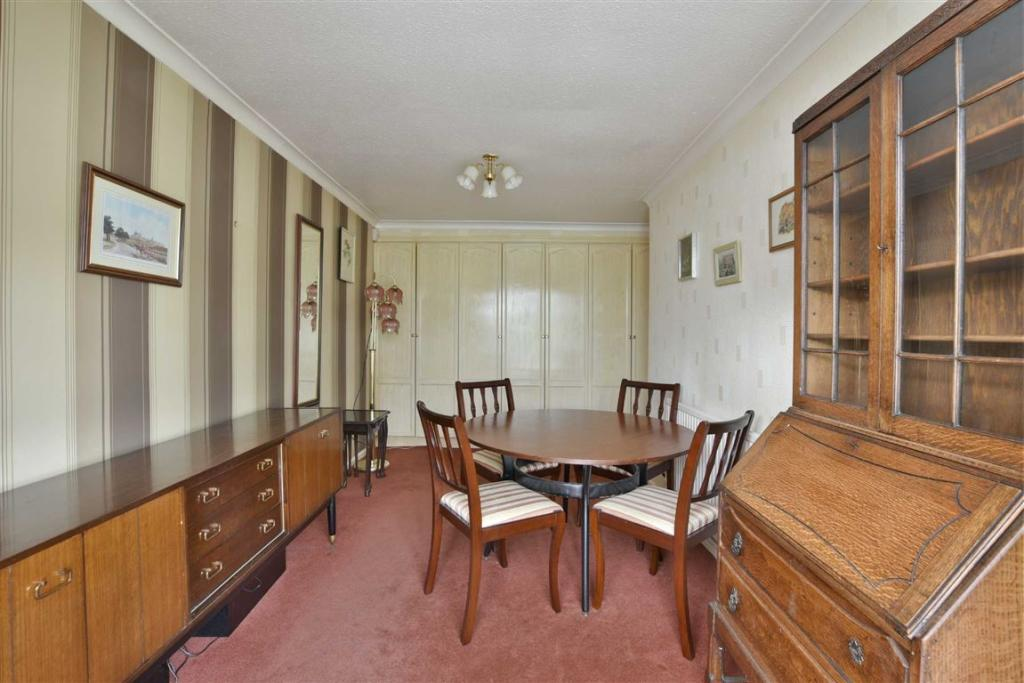 BEDROOM ONE/ DINING
