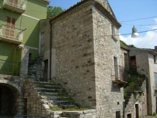 Town House for sale in Molise, Campobasso...