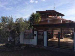 4 bedroom semi detached property for sale in Molise, Campobasso...