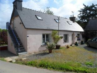 3 bedroom Detached house in Calanhel , Brittany ...