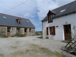 5 bedroom Detached home in Merléac , Brittany ...