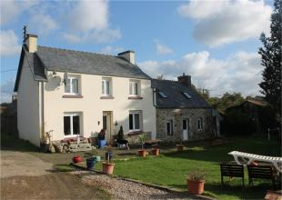 Detached property for sale in Bolazec , Brittany ...