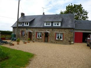 Detached house for sale in Couesmes-Vaucé ...