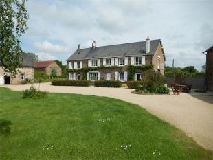 Detached property in Oisseau ...