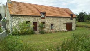 3 bedroom Detached home in Saint-Georges-de-Reintembault , Brittany , France