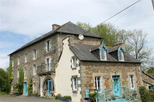 Detached property for sale in Loguivy-Plougras ...