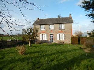 3 bedroom Detached house in Vautorte ...