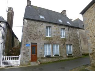 Saint Ouen la Rouerie  Detached house for sale