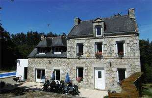 5 bedroom Detached home for sale in Guénin , Brittany ...