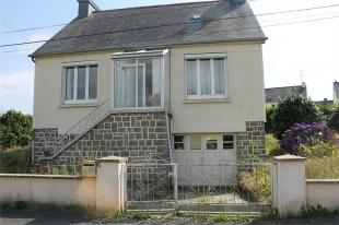 Detached property in Rostrenen , Brittany ...