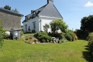 Detached property for sale in Plouyé , Brittany ...