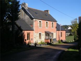 2 bedroom Detached home for sale in Plouyé , Brittany ...