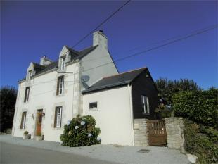 3 bed Detached house for sale in Pluméliau , Brittany ...