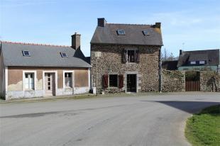 Detached property in Plounévez-Quintin ...