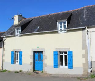 Cottage for sale in Plouyé , Brittany ...