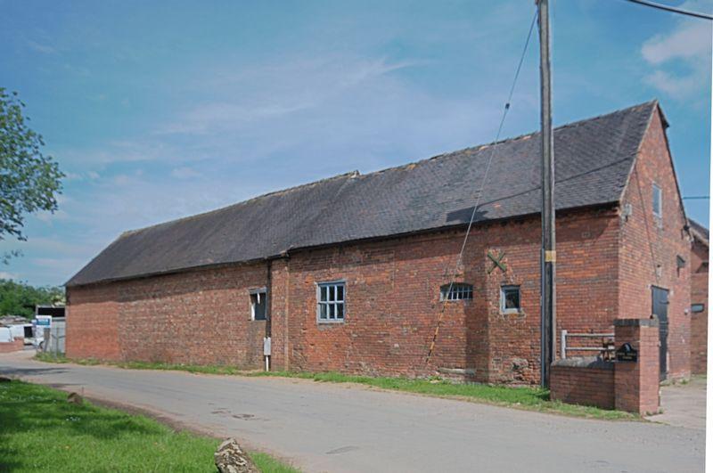 4 Bedroom Barn Conversion For Sale In Weston Jones