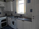 2 bedroom Ground Flat in Gibb Street, Cleland, ML1