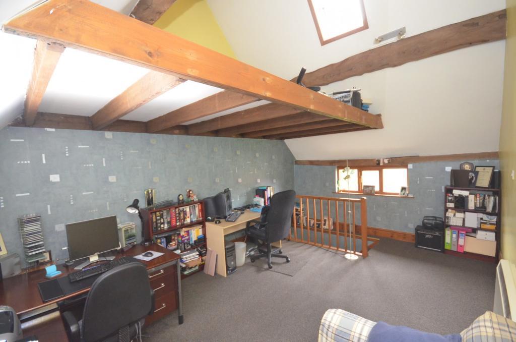 Guest Bedroom/Studio