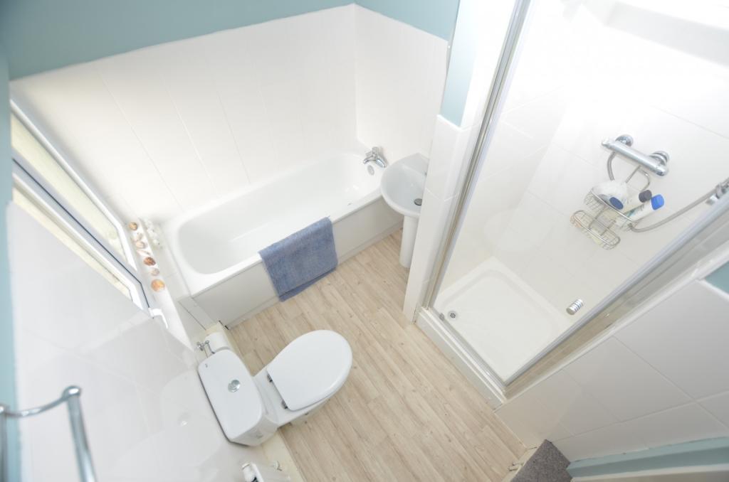 Annex En-Suite Bathr