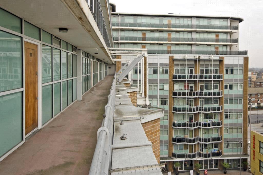 Exterior View3