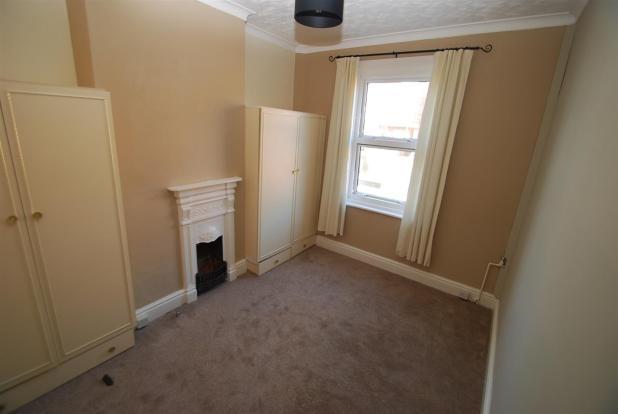 bedroom flat 2