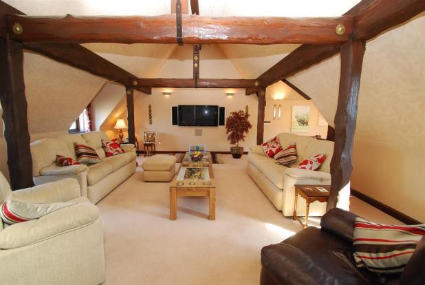 Luxury Upstairs