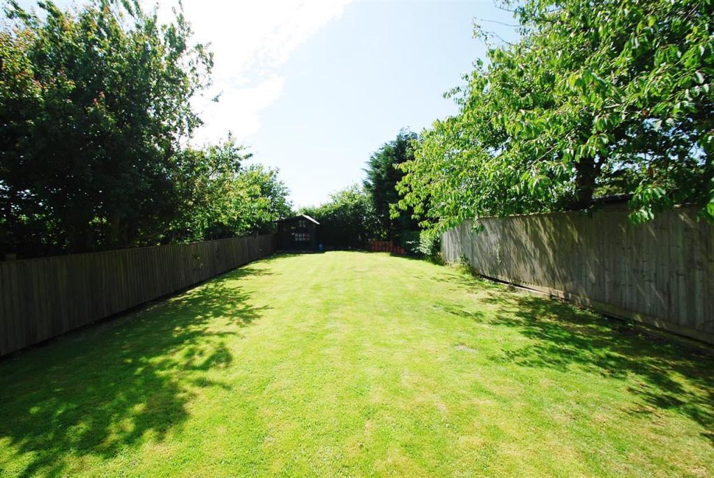 end of rear garden