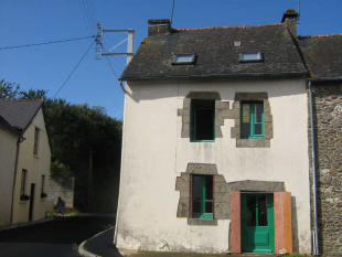 3 bed property in Plumieux, Cotes-d'Armor...
