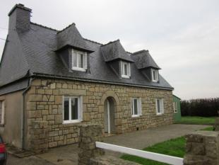 4 bed home in Hemonstoir...