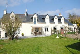 6 bedroom property in Saint-Vincent-Sur-Oust...