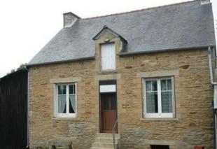 3 bedroom home in Guegon, Morbihan, 56120...