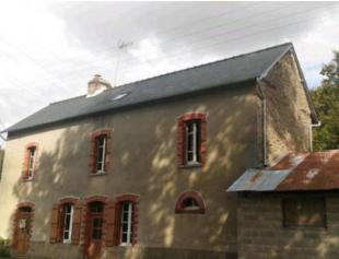3 bed property for sale in Josselin, Morbihan...
