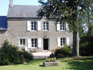 3 bed property in La Bazouge-Du-Desert...