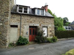 house for sale in Fougeres...
