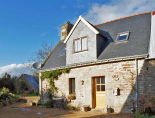 house for sale in Quistinic, Morbihan...