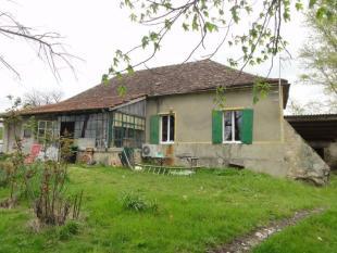 2 bed property in Saint-Colomb-de-Lauzun...