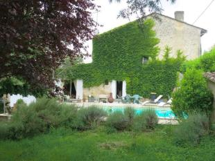 4 bed property in Saint-Emilion, Gironde...