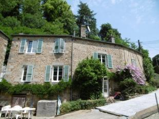 4 bedroom home for sale in Roullours, Calvados...