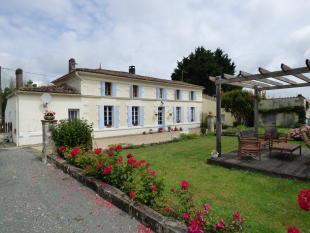 5 bedroom house for sale in Saint-Fort-sur-Gironde...