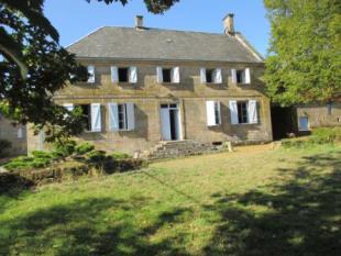 5 bedroom property in Peyrelevade, Correze...