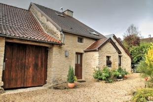 3 bed property for sale in Pouilly-en-Auxois...