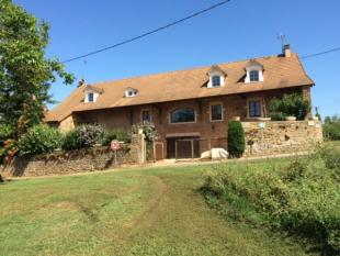 3 bed property for sale in Tournus, Saone-et-Loire...