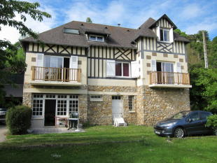 5 bedroom home in Brionne, Eure, 27800...